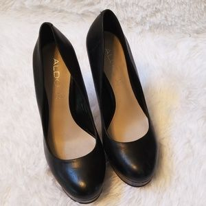ALDO Black Women's Pumps Size 7.5